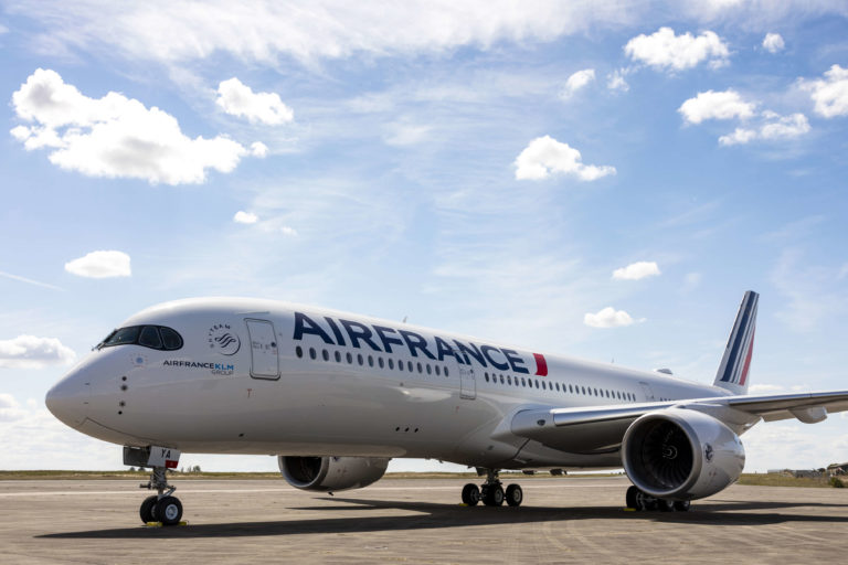 More than 270,000 passengers including 150,000 French nationals repatriated by the Air France group